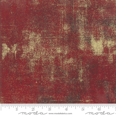 Metallic-Gold on Red Quilting Cotton N584 By 1//2 Yd